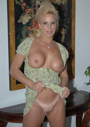 MILF Upskirt Porn Pictures