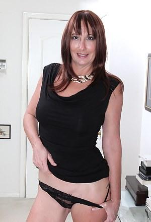MILF Panties Porn Pictures